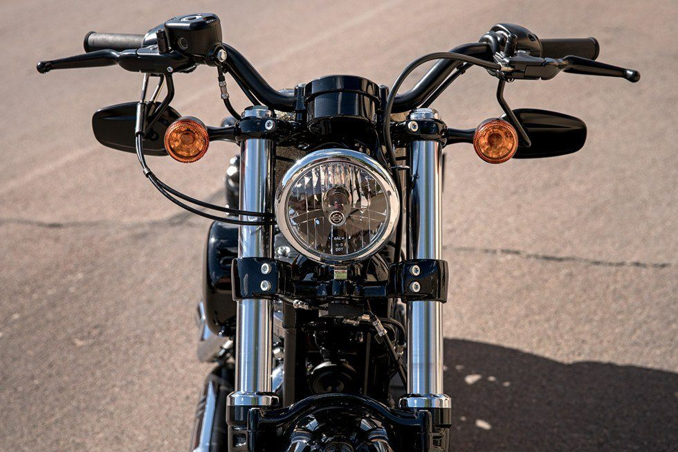 2017 Harley-Davidson Forty-Eight® in Monroe, Michigan - Photo 9