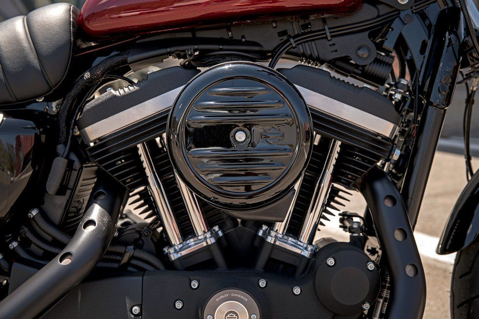 2017 Harley-Davidson Iron 883™ in Loveland, Colorado - Photo 19