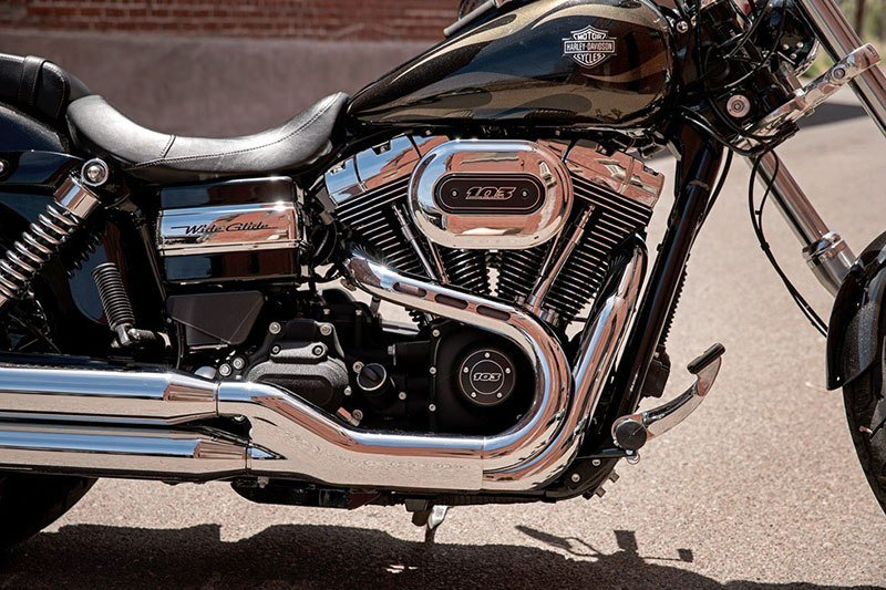 2017 Harley-Davidson Wide Glide in Leominster, Massachusetts - Photo 4