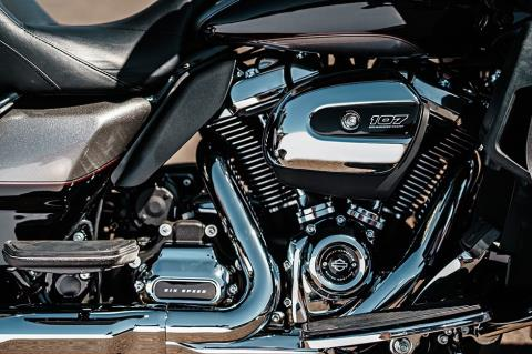 2017 Harley-Davidson Road Glide® Ultra in Davenport, Iowa