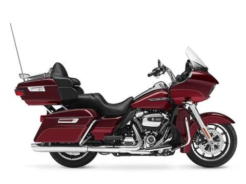 2017 Harley-Davidson Road Glide® Ultra in Hico, West Virginia