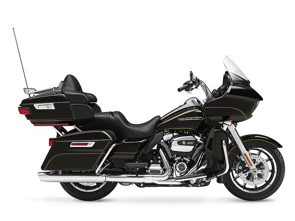 2017 Harley-Davidson Road Glide® Ultra in Erie, Pennsylvania