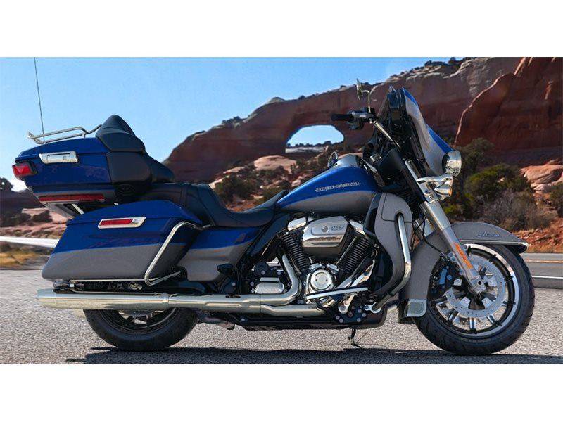 2017 Harley-Davidson Ultra Limited in Mankato, Minnesota