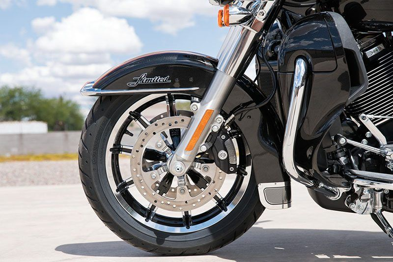 2017 Harley-Davidson Ultra Limited in Elkhart, Indiana - Photo 11