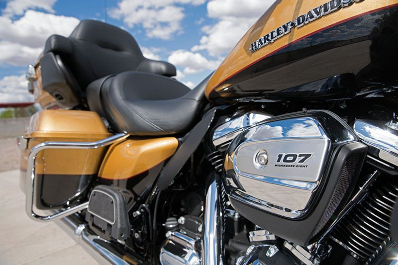 2017 Harley-Davidson Ultra Limited in Waterford, Michigan