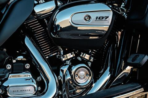 2017 Harley-Davidson Tri Glide® Ultra in Marquette, Michigan