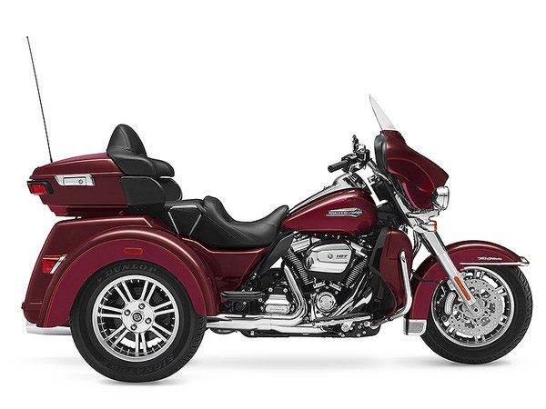 2017 Harley-Davidson Tri Glide® Ultra in Dimondale, Michigan