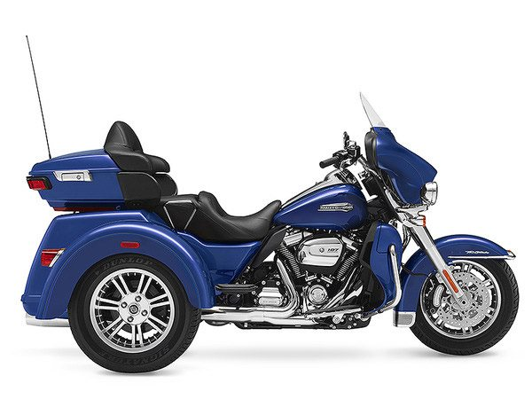 2017 Harley-Davidson Tri Glide® Ultra in Waterford, Michigan
