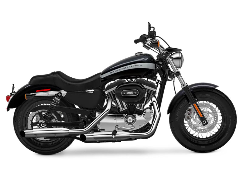 2018 Harley-Davidson 1200 Custom in Augusta, Maine