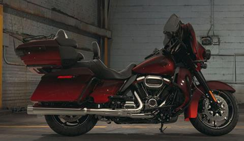 2018 Harley-Davidson CVO™ Limited in Richmond, Indiana