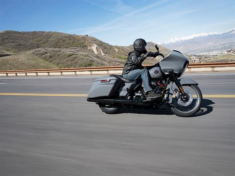 2018 Harley-Davidson CVO™ Road Glide® in The Woodlands, Texas - Photo 6