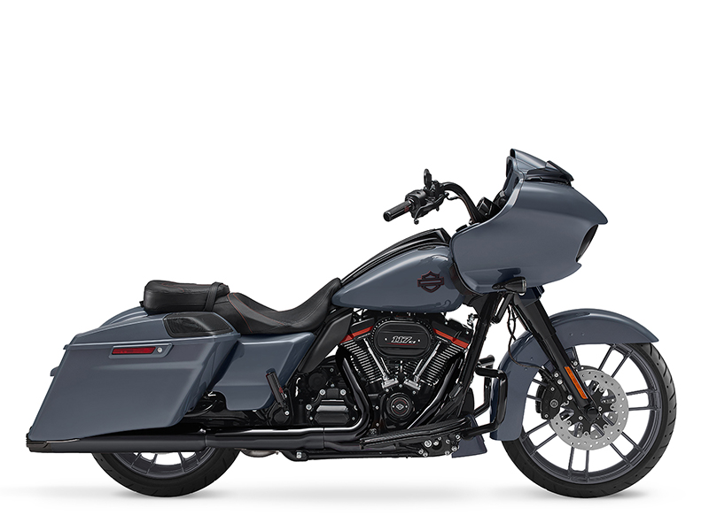 2018 Harley-Davidson CVO™ Road Glide in Pittsfield, Massachusetts