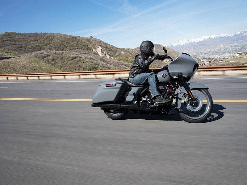 2018 Harley-Davidson CVO™ Road Glide® in Fairbanks, Alaska