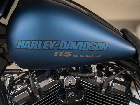 2018 Harley-Davidson CVO™ Street Glide® in Sheboygan, Wisconsin - Photo 9