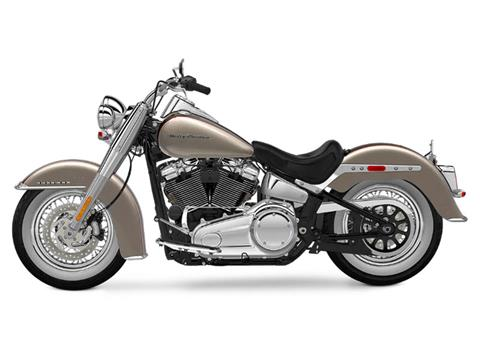2018 Harley-Davidson Softail® Deluxe 107 in Sheboygan, Wisconsin - Photo 2