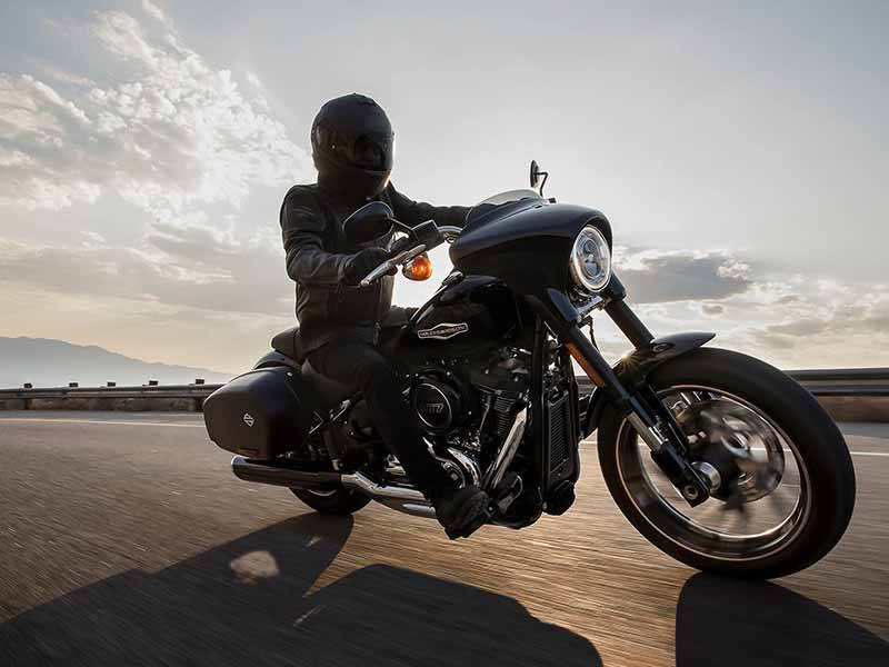 2018 Harley-Davidson Sport Glide® in New York Mills, New York - Photo 10