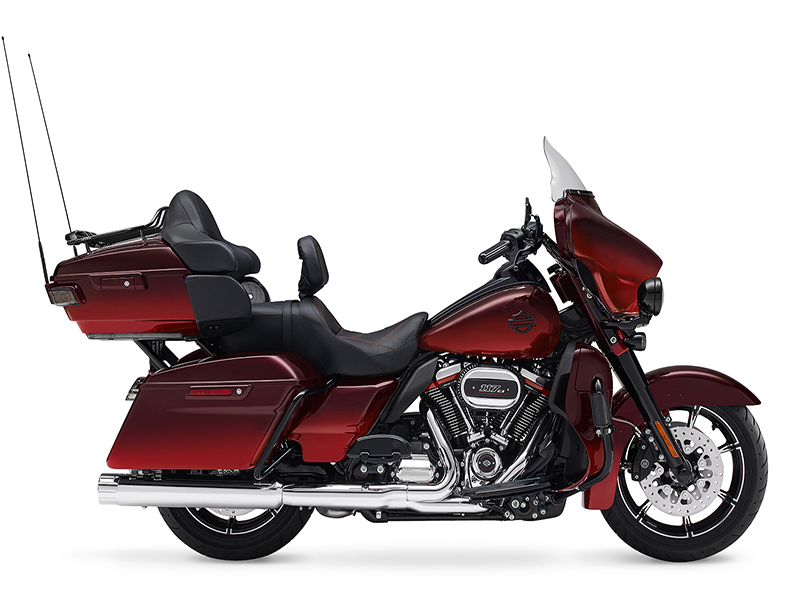 2018 Harley-Davidson CVO™ Limited in Davenport, Iowa