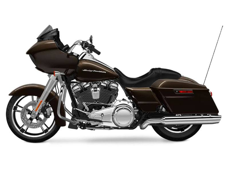 2018 Harley-Davidson Road Glide® in Augusta, Maine - Photo 2