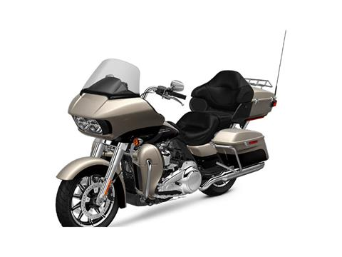 2018 Harley-Davidson Road Glide® Ultra in Johnstown, Pennsylvania