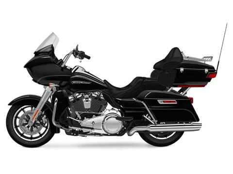 2018 Harley-Davidson Road Glide® Ultra in Branford, Connecticut