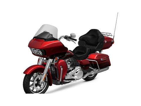 2018 Harley-Davidson Road Glide® Ultra in Dubuque, Iowa - Photo 4
