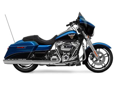 2018 Harley-Davidson 115th Anniversary Street Glide® in Carroll, Ohio