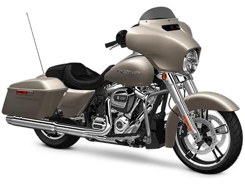 2018 Harley-Davidson Street Glide® in Apache Junction, Arizona