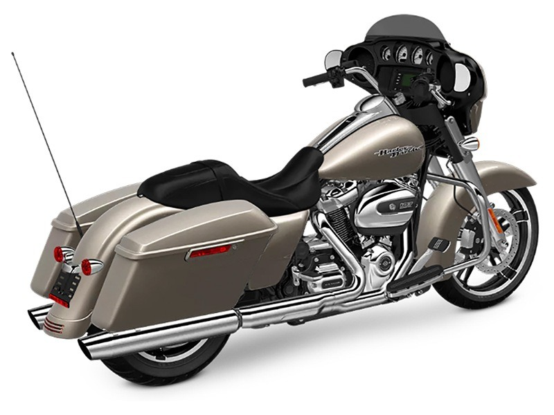 2018 Harley-Davidson Street Glide® in Pasadena, Texas - Photo 11