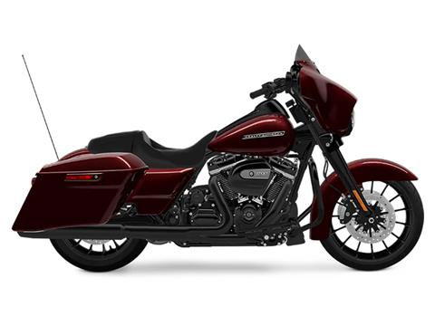 2018 Harley-Davidson Street Glide® Special in Waterford, Michigan