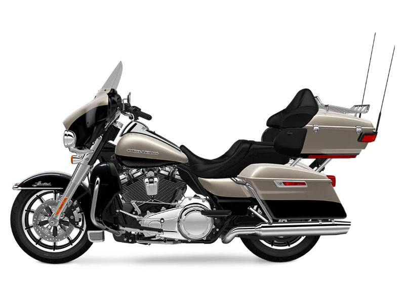 2018 Harley-Davidson Ultra Limited in Augusta, Maine