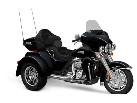 2018 Harley-Davidson Tri Glide® Ultra in Waterford, Michigan