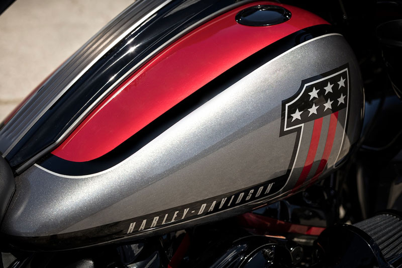 2019 Harley-Davidson CVO™ Road Glide® in Burlington, Washington - Photo 4