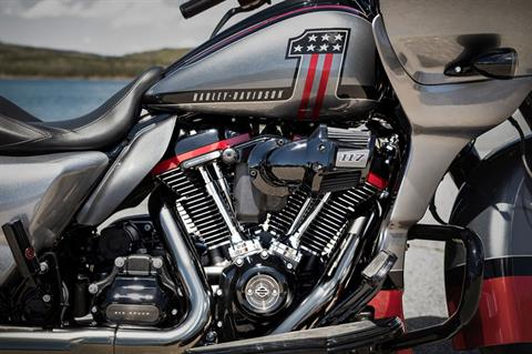 2019 Harley-Davidson CVO™ Road Glide® in Burlington, Washington - Photo 7