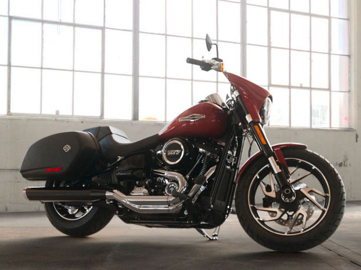2019 Harley-Davidson Sport Glide® in Broadalbin, New York