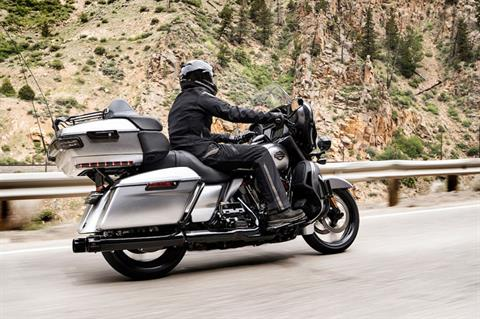 2019 Harley-Davidson CVO™ Limited in San Antonio, Texas - Photo 3