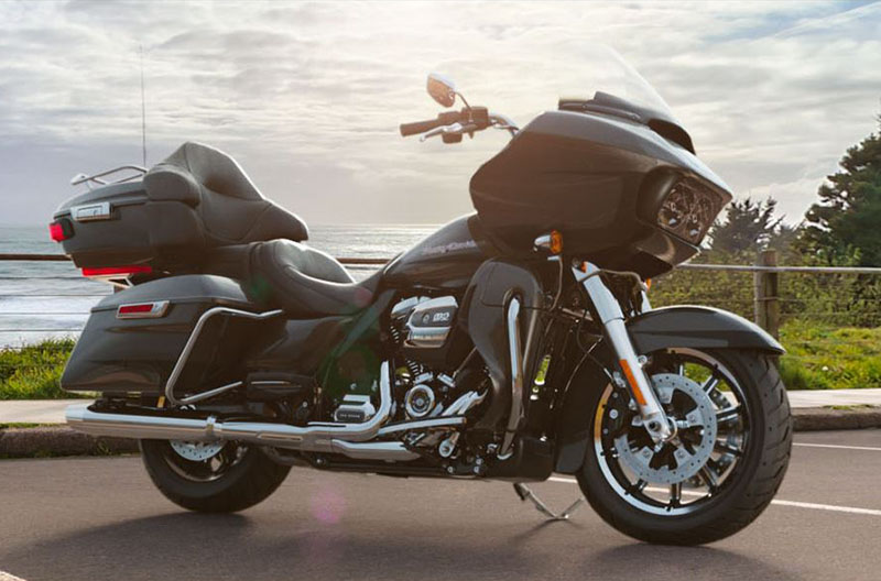 2019 Harley-Davidson Road Glide® Ultra in Waterford, Michigan