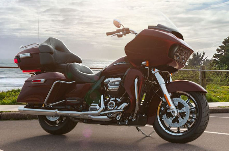 2019 Harley-Davidson Road Glide® Ultra in Rothschild, Wisconsin