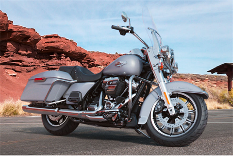 2019 Harley-Davidson Road King® in Davenport, Iowa