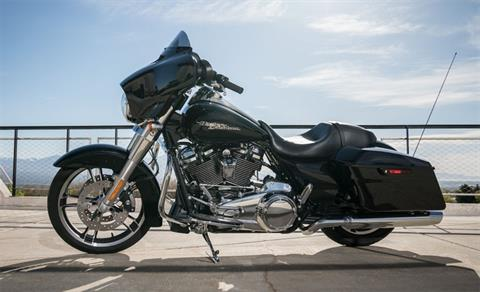 2019 Harley-Davidson Street Glide® in Michigan City, Indiana - Photo 8