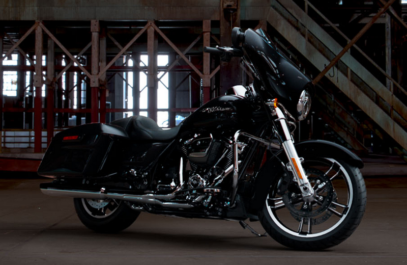 2019 Harley-Davidson Street Glide® in Broadalbin, New York