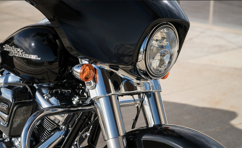 2019 Harley-Davidson Street Glide® in Johnstown, Pennsylvania - Photo 5