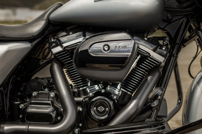 2019 Harley-Davidson Street Glide® Special in Ames, Iowa - Photo 7