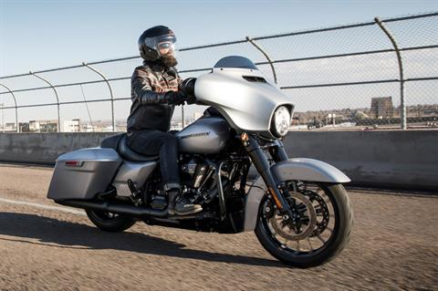 2019 Harley-Davidson Street Glide® Special in Fremont, Michigan - Photo 4