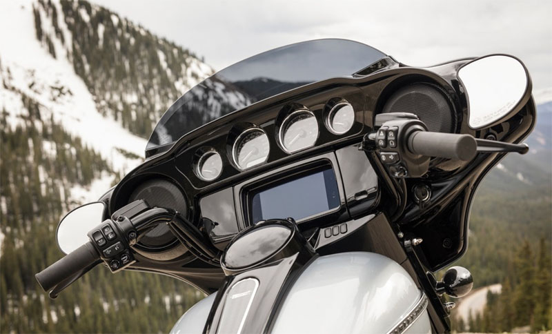 2019 Harley-Davidson Street Glide® Special in Green River, Wyoming - Photo 6