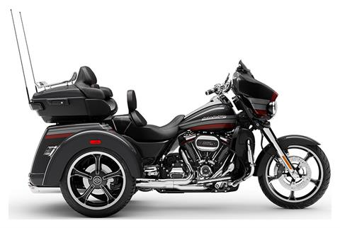 2020 Harley-Davidson CVO™ Tri Glide® in Oregon City, Oregon