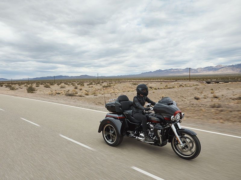 2020 Harley-Davidson CVO™ Tri Glide® in Sarasota, Florida - Photo 12