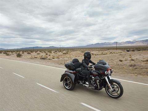 2020 Harley-Davidson CVO™ Tri Glide® in Madison, Wisconsin - Photo 12