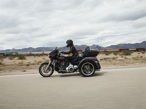 2020 Harley-Davidson CVO™ Tri Glide® in Temple, Texas - Photo 14