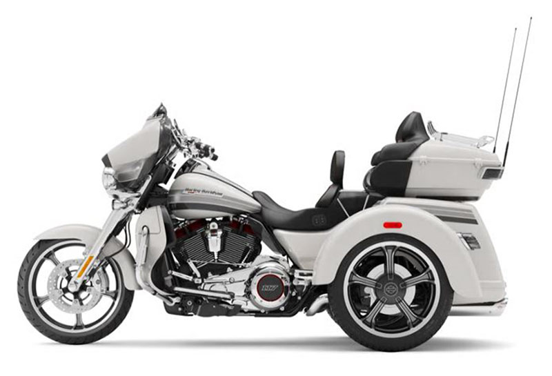 2020 Harley-Davidson CVO™ Tri Glide® in Burlington, North Carolina - Photo 2