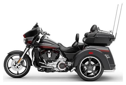 2020 Harley-Davidson CVO™ Tri Glide® in Portage, Michigan - Photo 2
